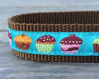 Cute Cupcakes dog collar 1 in wide
