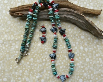 30 Inch Zuni Style Fetish Bear Necklace with Green Turquoise and Earrings