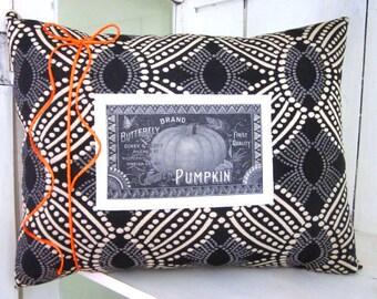 Halloween pillow,pumpkins, decorative pillows, rustic halloween, rustic fall pillow, halloween decor, fall decor