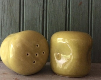 Russel Wright Chartreuse Salt and Pepper Shakers, American Modern by Steubenville Pottery