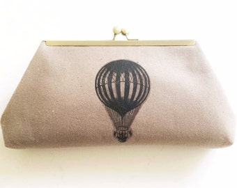 UP and AWAY  Vintage Hot AIr Balloon Print clutch, purse, evening bag, framed clutch, natural beige classic kiss lock