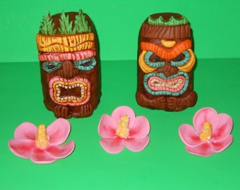Tiki Idols and Hibiscus