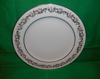 """One (1), 10"""" Porcelain Dinner Plate, from Wentworth, in the Windsor Pattern."""
