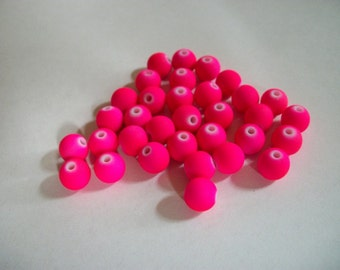 Round Glass Beads, Neon Hot Pink, 8mm Round Ball Bead  x 33