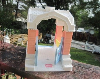 Playskool Horse Stable to Victorian House , Horse Barn, Doll House, Playskool Toys, Vintage Toys, Toys, Toy horses, Toy Victorian House :) S