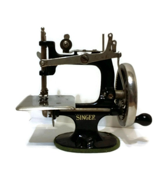salesman sle singer sewing machine