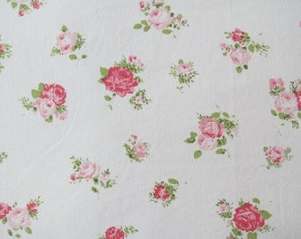 Vintage Sheet Fabric Fat Quarter- Pretty Pink Roses