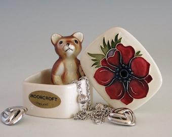 Vintage Moorcroft Anemone Trinket Box - Moorcroft England Ring Box - Moorcroft Potteries Anemone Lidded Trinket Box - Moorcroft Jewelry Box