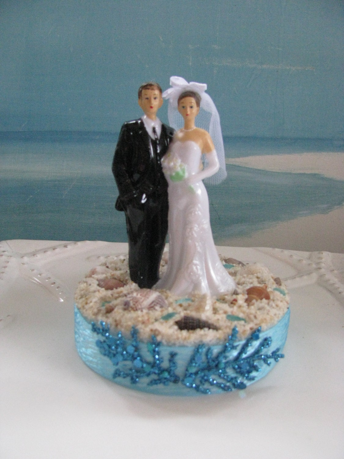 wedding cake toppings and groom wedding cake topper seashell wedding 26668