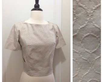 """Vintage 1950s 1960s Cropped Cream Gray Blouse / 38"""" Bust / Medium"""