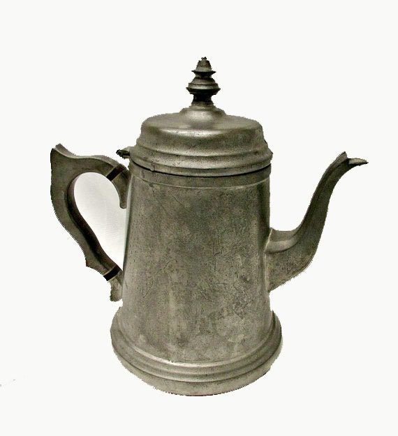 Pewter teapot by Connecticut House hand crafted