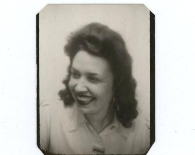 """Vintage Photo Booth, July 1946: """"Un petit souvenir de Huguette"""" (58399)"""