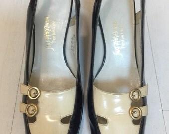1960s Saks Fifth Avenue Patent Leather Slingbacks Vintage Pumps
