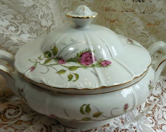 Beautiful Formal Casserole loaded with Roses. Lots of gilding.