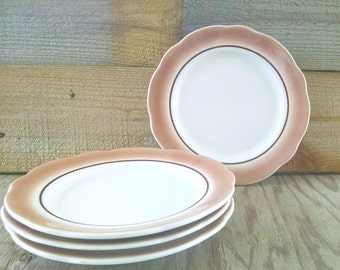 Buffalo China Restaurant Ware Airbrushed Plates Set Of 4 Lunch Plates Scalloped Rim Plate Ivory and Brown 1974