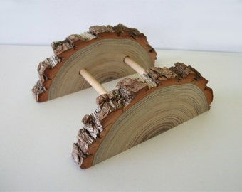 Adjustable Sassafras Wood Business Card Holder Tree Branch Slice Rustic Wooden Card Holder Take Down Design