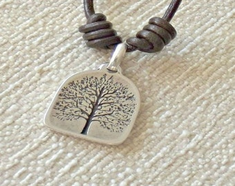 Leather necklaces for women, tree of life pendant, fashion necklace, necklace for woman, tree of life, brown necklace, boho chic