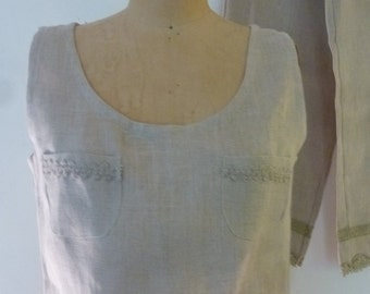 Mod 100% Linen Capri Pants and Matching Crop Top Heavy Lace Trim Romper Made by Norma Della Legge Made in Italy 1973 Size S