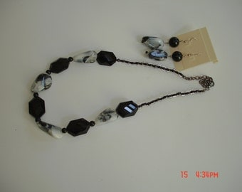 Black with Marbled White Beads