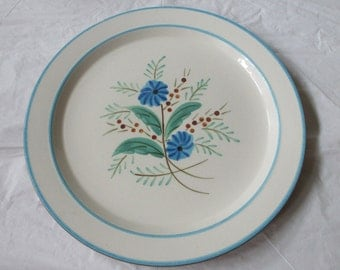 """12"""" Stangl Pottery Chop Plate Round Platter BATCHELOR'S BUTTONS, Blue Flowers, ca. 1960s"""
