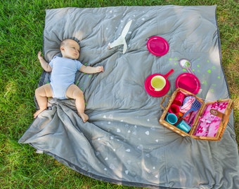 Picnic blanket , Beach Nursery , Padded Play Mat , Travel Play Mat , Waterproof Outdoors Blanket , Family Picnic Blanket with diamond print