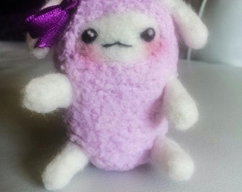 Needle Felted Fluffy Sheep