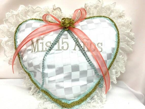 15 Anos Pillows: Sweet 15 Mis Quince Anos Heart Tiara Pillow Keepsake
