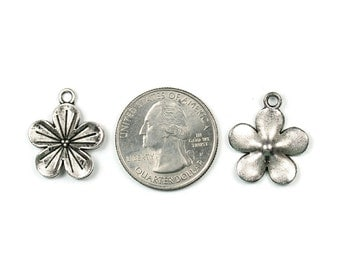 Antique Silver Flower Charms 10 QTY (F2)
