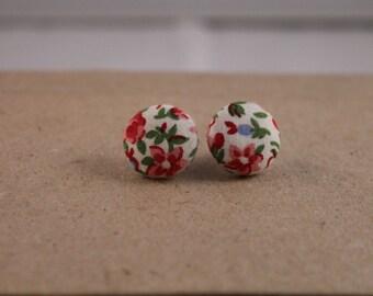 Flower button earring