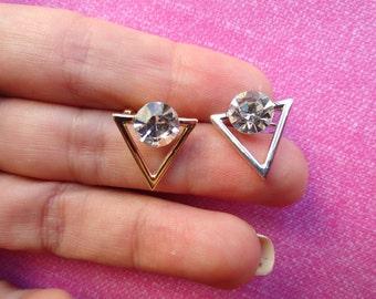Triangle spike crystal stone ear cuff