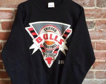 Vintage BULLS Sweater Michael Jordan Crewneck Chicago Bulls NBA 1990s XL
