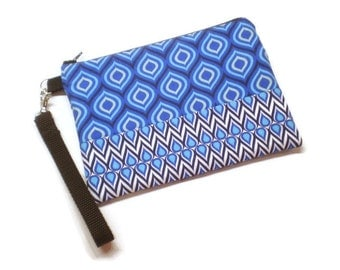 Sapphire blue iKat wristlet purse for iPhone and Samsung phones.