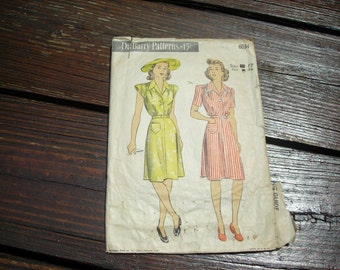 Vintage 1940s Mid-Century DuBarry #6034 Dress Clothing Pattern in Vintage Size 17 (36 bust size)