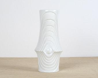 Space Age Op ARt Porcelain VAse. Swing KPM 60s 70s.