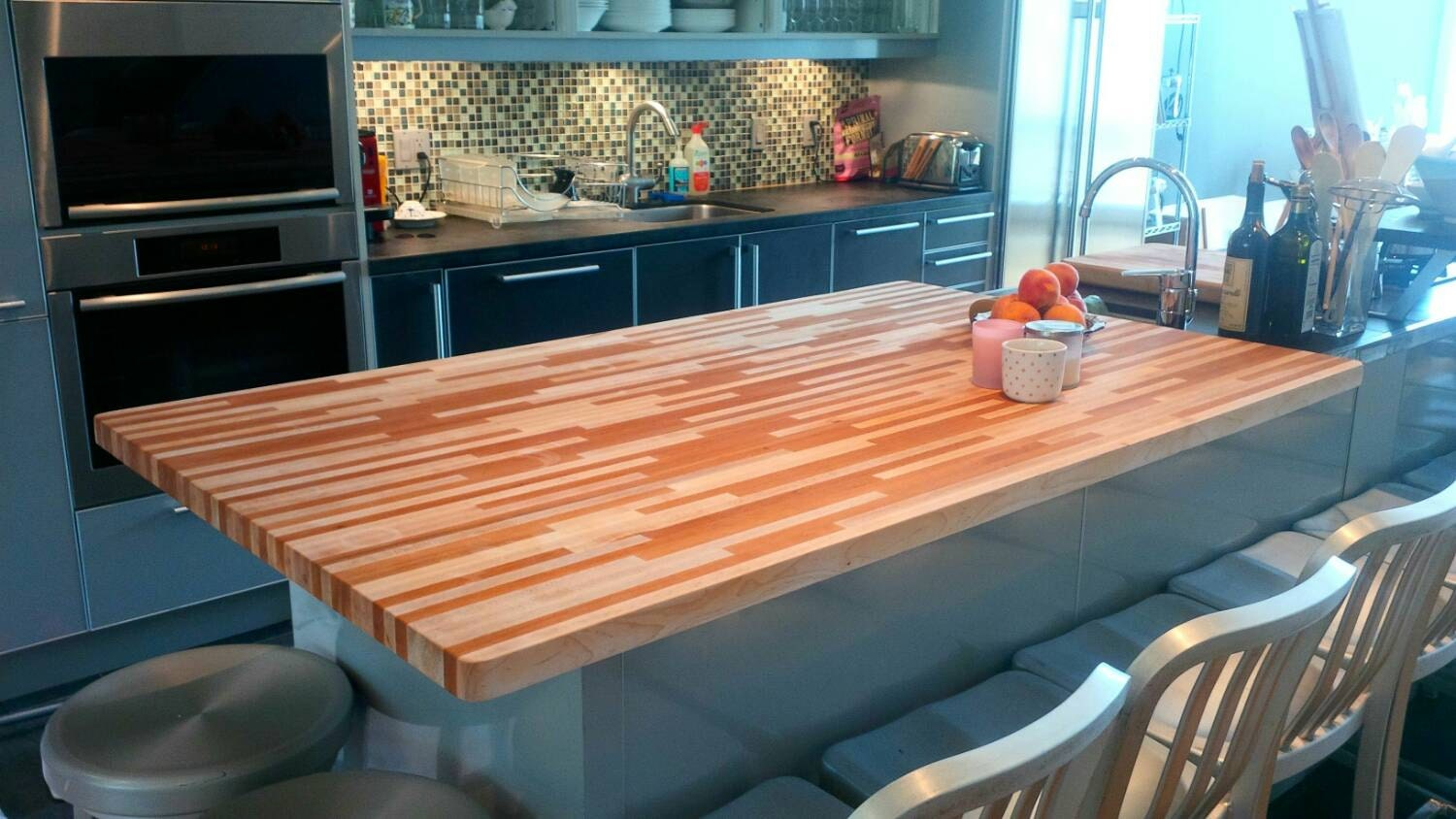 Custom butcher block cutting board countertops for Custom made kitchen countertops