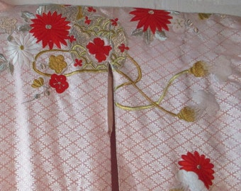Japanese Wedding Kimono embroidered in gold 1950 WK 4