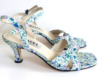 90s floral shoes // strappy floral heels // blue floral shoes // size 7 heels // ravel heels // summer heels // liberty print shoes
