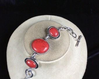 Vintage Red & Black Glass Stone Toggle Bracelet