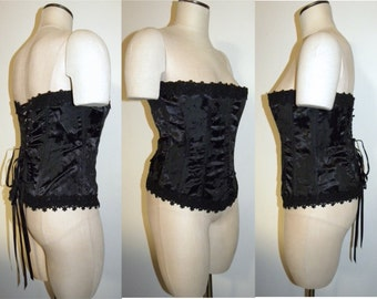 1990s 90s Black Bustier Corset / lace up back / Pretty / Punk / Rose Jacquard / eyelet  / Shirley of Hollywood / Vintage 36