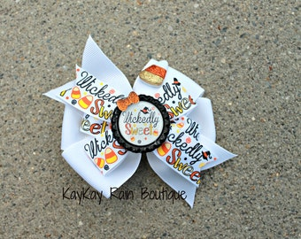Wickedly Sweet Hair Bow - 4 Inch Hair Bow - Halloween Hair Bow - Candy Corn Hair Bow - Halloween - Candy Corn - Orange - Yellow - White