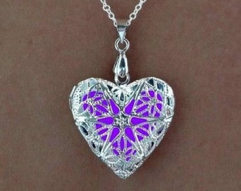 Purple Glowing Necklace - Steampunk - Glowing Heart Pendant - Glow Necklace - Gifts for Her - Glow in the Dark Jewelry - Glowing Jewelry