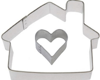 2 Piece Cottage House with Mini Heart Set