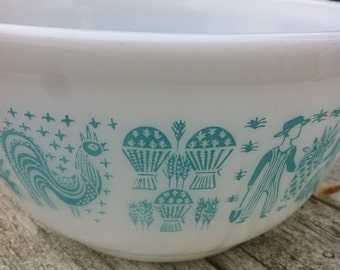 Vintage Pyrex Turquoise Blue on White Amish Butterprint  no 402, US, 1953-?