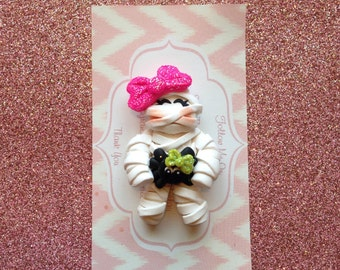 Mummy Cutie bow center or pendant