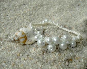 Sea Foam Pearl Bracelet (Whitecaps)