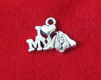"""10pc """"love my dog"""" charms in antique silver style (BC752)"""