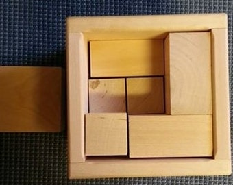 puzzle dice of wood