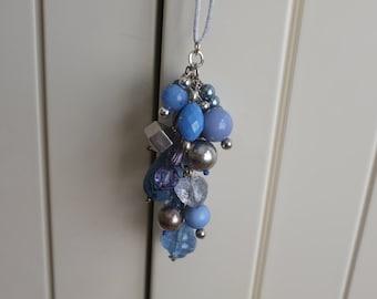 Cluster Necklace - Pale blues