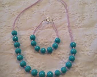 Little girls beaded necklace and bracelet set