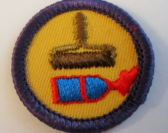 """Vintage Junior Girl Scout Badge """"Prints and Graphics"""" circa 1980's"""